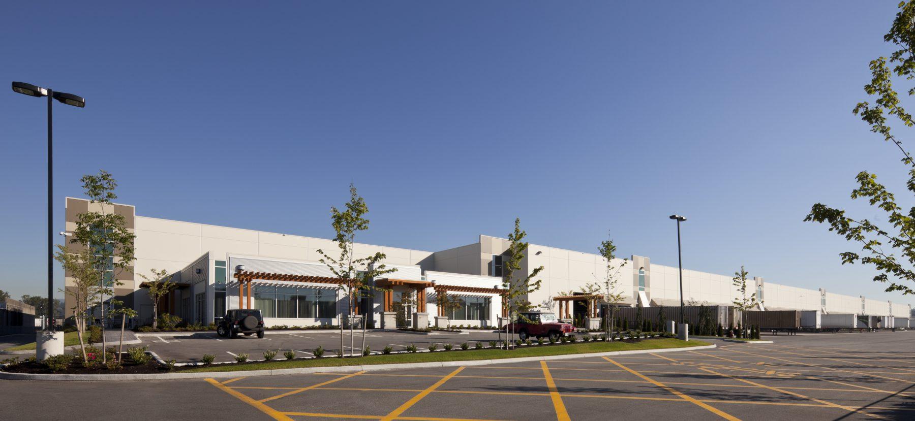 Beedie building huge industrial warehouse